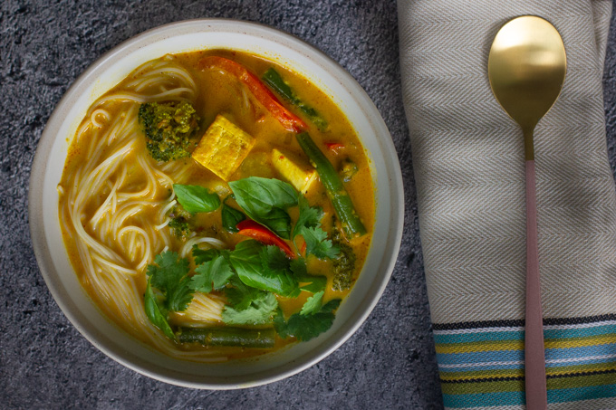 Coconut Vegetable and Tofu Curry Soup