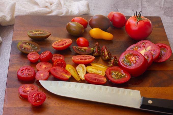 סלט עגבניות של קיץ