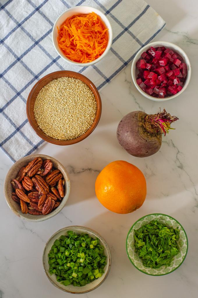 סלט קינואה וסלק בוויניגרט תפוזים